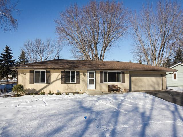 1042 Sibley St, Shakopee MN 55379