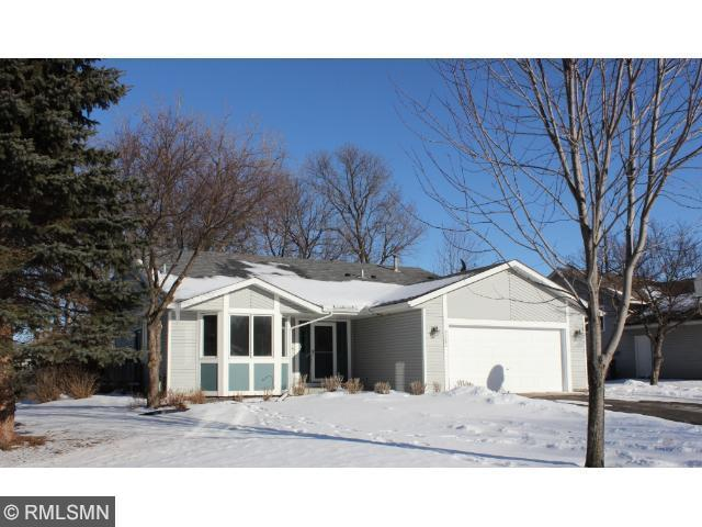 4080 Park Valley Ln, Saint Paul MN 55110