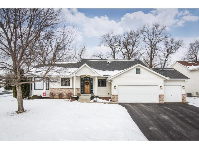 14927 Overlook Dr, Savage MN 55378
