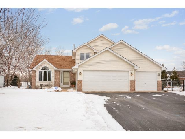 8705 Prestwick Pkwy, Minneapolis MN 55443