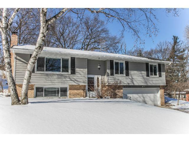 4135 Quaker Ln, Minneapolis MN 55441