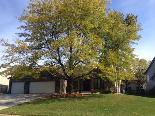 4190 Willow Wood Dr, Saint Paul, MN