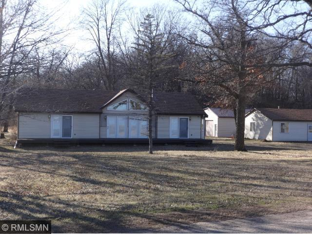 13045 Bayview Rd, South Haven MN 55382