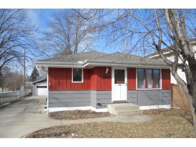 2715 Kirkwood Ln, Minneapolis MN 55441