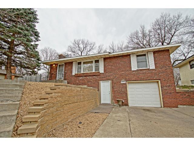 5059 Red Oak Dr, Duluth MN 55811
