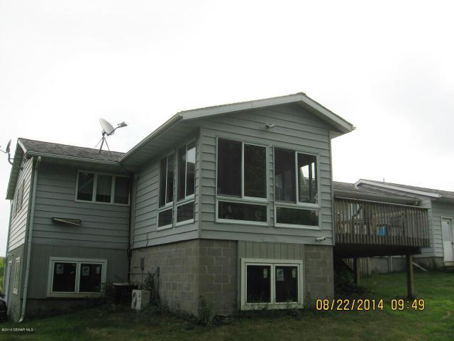 30 SW Kast Dr, New Richland, MN