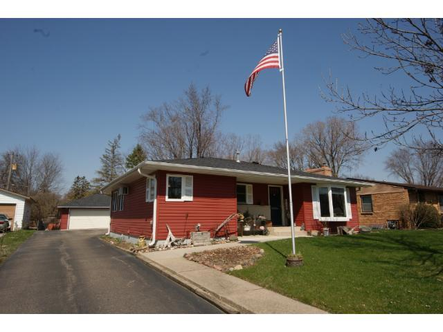 1030 4th St, Hastings MN 55033