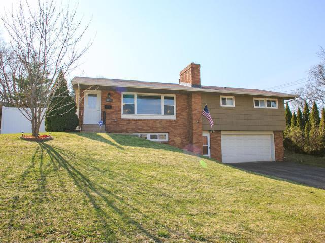 7279 Clayton Ave, Inver Grove Heights MN 55076