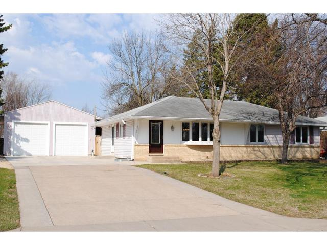 8400 Greenway Ave, Cottage Grove MN 55016
