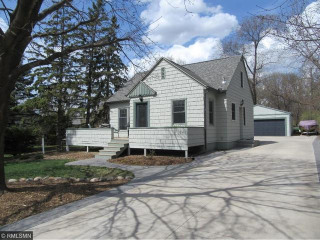 10910 32nd Ave, Minneapolis MN 55441