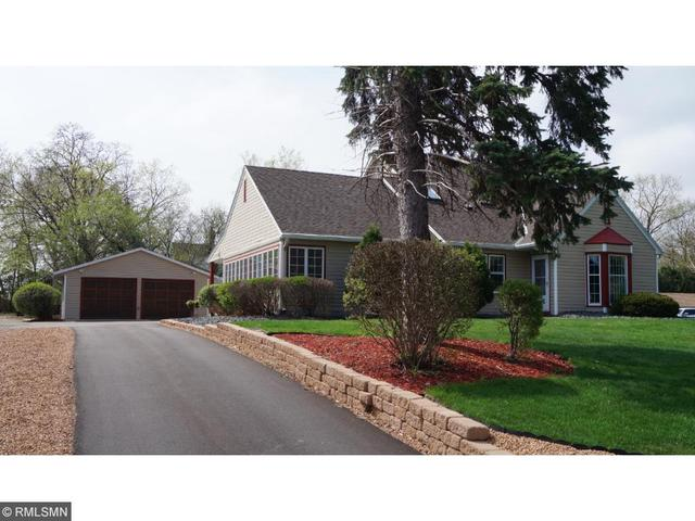 121 9th St, Hastings MN 55033