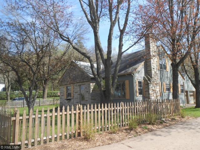 1014 Saint Croix St, Hudson WI 54016
