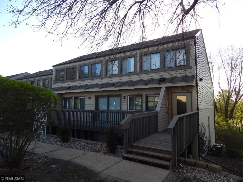 8940 Neill Lake Rd #APT 134D, Eden Prairie, MN