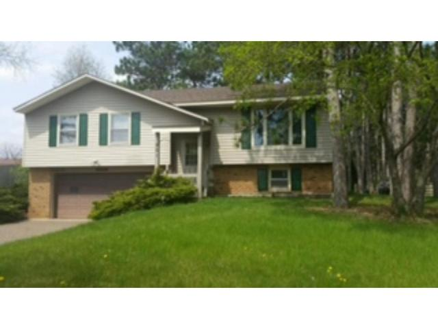 901 Sommers St, Hudson WI 54016