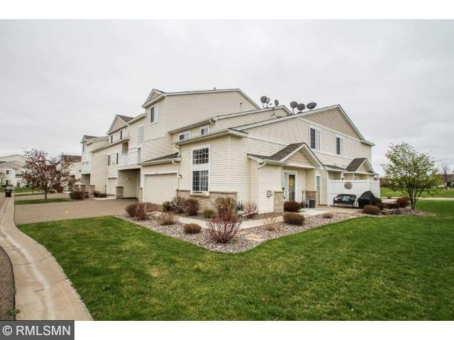 6573 Olive Ln, Osseo, MN