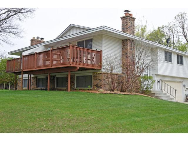 12208 Oak Leaf Cir, Burnsville MN 55337