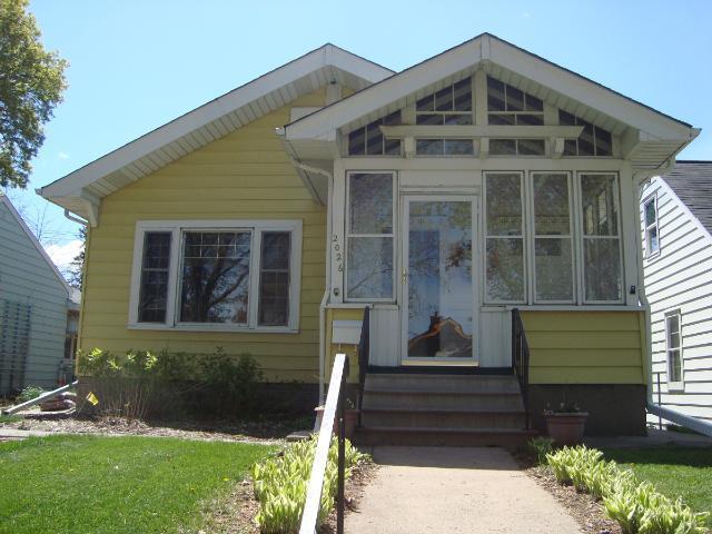 2026 Berkeley Ave, Saint Paul MN 55105