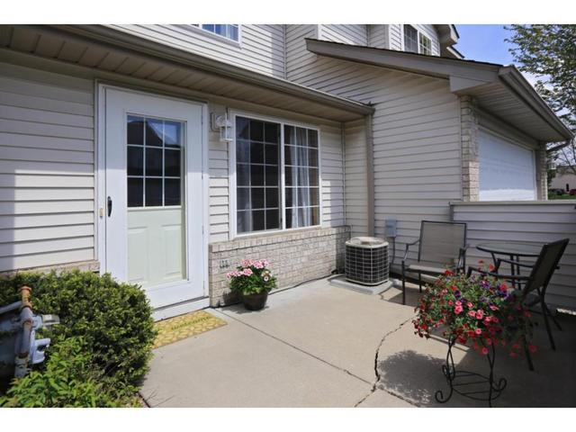 2795 Ranchview Ln #APT 2, Minneapolis MN 55447
