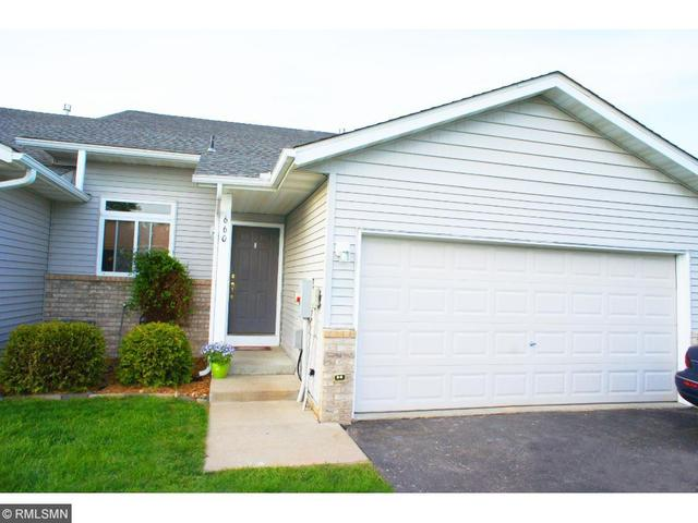 660 35th St, Hastings MN 55033