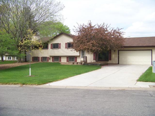 8848 89th Street Cir, Cottage Grove MN 55016