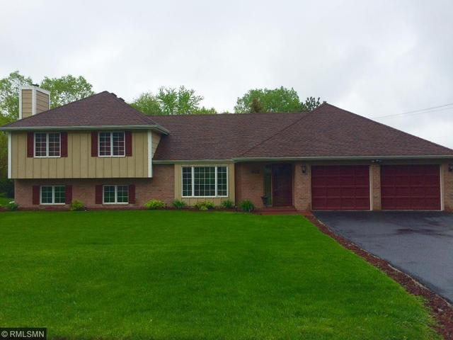 601 Edgemoor Dr, Hopkins MN 55305