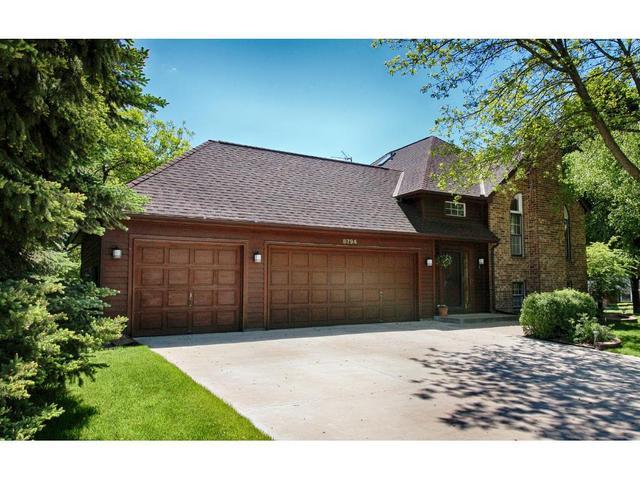 8794 Sycamore Ct, Eden Prairie MN 55347