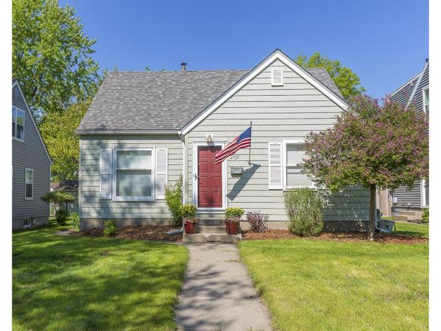 2936 Hampshire Ave, Minneapolis MN 55426