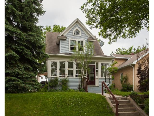 1722 Iglehart Ave, Saint Paul MN 55104