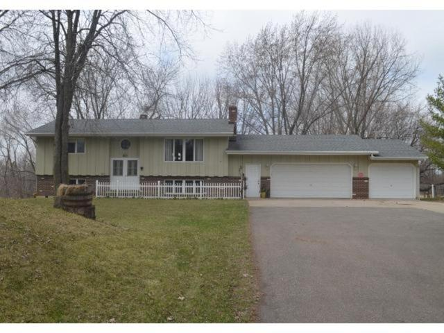 11971 Fernbrook Ln, Dayton, MN