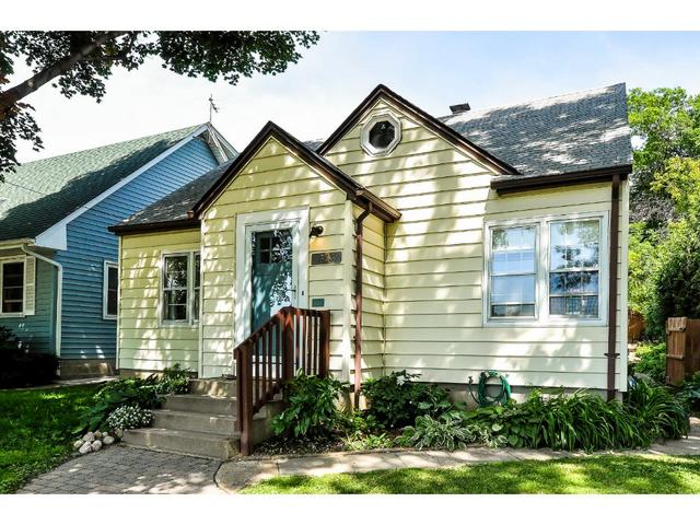 Loans near  Pierce St NE, Minneapolis MN