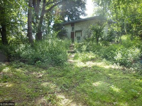304 County Road B2 E, Little Canada, MN 55117