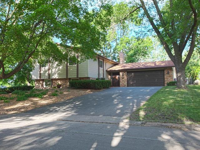 6908 Ridgeview Dr Minneapolis, MN 55439