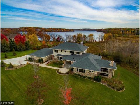 64 W Pleasant Lake Rd, North Oaks, MN 55127