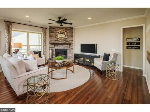542 Sweetwater Path, Chaska, MN 55318