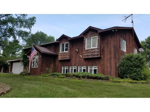 30945 Lakeview Ave, Red Wing, MN 55066