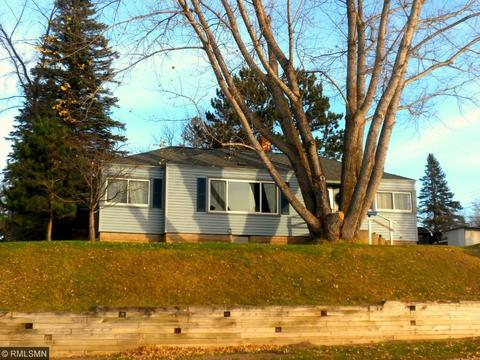 704 2nd St, Bovey, MN 55709