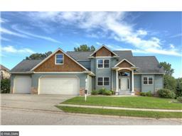 2645 Oak Grove Ct, Red Wing, MN 55066