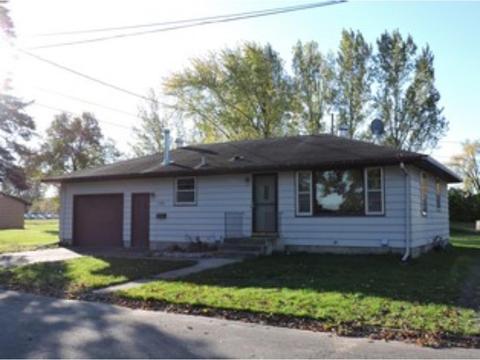 310 7th Ave SE, Pine City, MN 55063