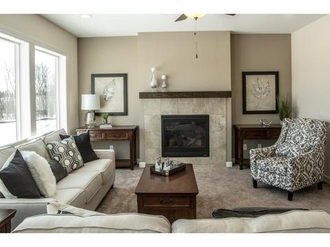 2033 Rosewood St N, Lino Lakes, MN 55038