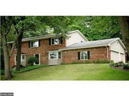 18 Black Oak Rd, North Oaks, MN 55127