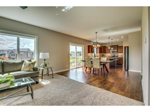 6734 21st Ave S, Lino Lakes, MN 55038