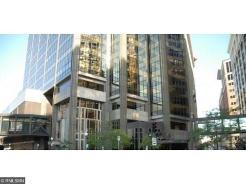 59 4th St W #23B, Saint Paul, MN 55102