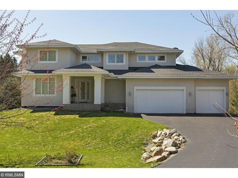 18705 13th Ave N, Plymouth, MN 55447