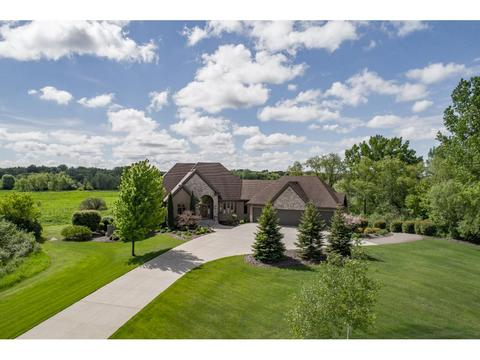 18787 Meadow View Blvd, Prior Lake, MN 55372