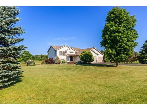 4698 316th Ln, Stacy, MN 55079