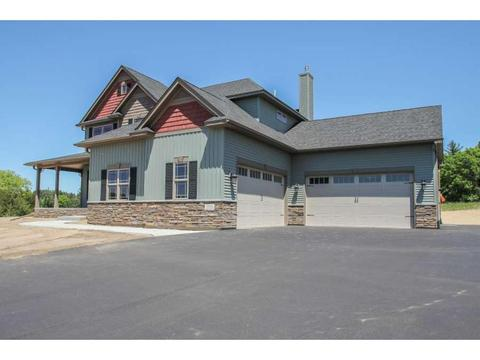 14 Xx4 254th Cir NW, Zimmerman, MN 55398