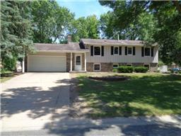7515 Immanuel Ave S, Cottage Grove, MN 55016