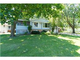 1817 19th Ter NW, New Brighton, MN 55112