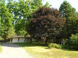 600 N Shore Dr, Waverly, MN 55390