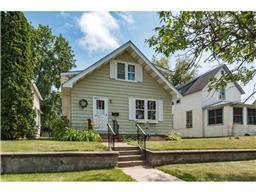 919 S 8th St, Brainerd, MN 56401